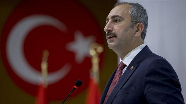Adalet Bakanı Gül: Ben yargıyım hesap vermem anlayışı asla kabul edilemez