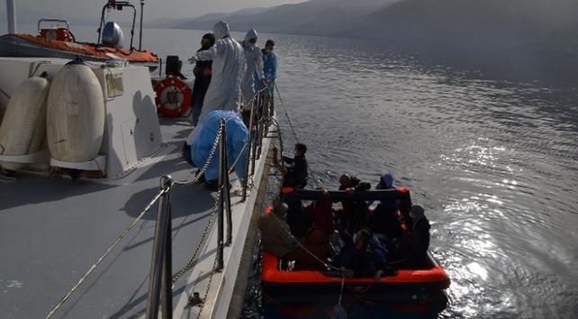 Aydında Türk karasularına itilen 13 sığınmacı kurtarıldı