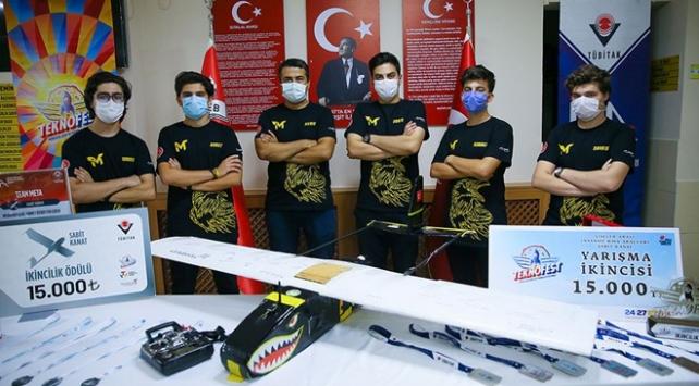Ödüllü liseliler Türkiyenin İHA gücünü ileriye taşımak istiyor
