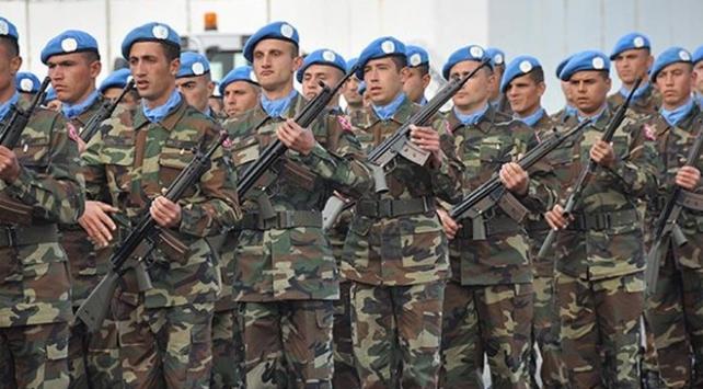 Türk askerinin Irak ve Suriyedeki görev süresi uzatıldı