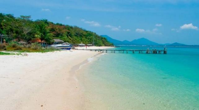 Taylandda otel hakkında kötü yorum yazan ABDli turist tutuklandı