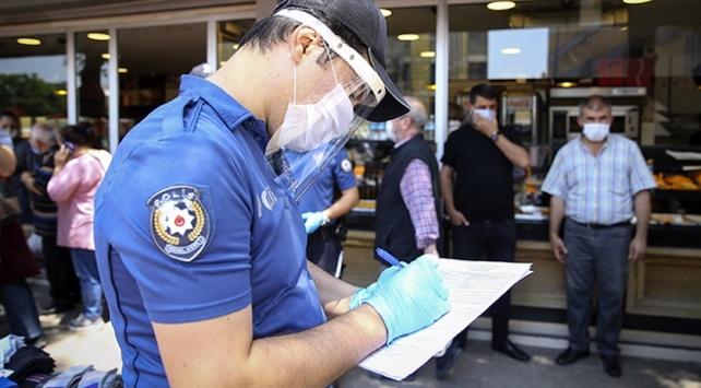 Ankarada COVID-19 denetimlerinde 615 kişiye 1 milyon 99 bin lira ceza