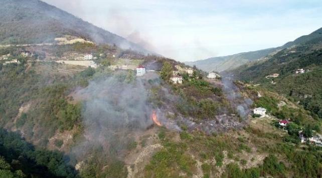 Trabzonda 2 noktada orman yangını: Müdahale sürüyor