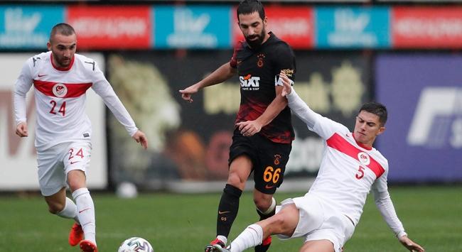 Galatasaray ile Ümit Milli Takım golsüz berabere kaldı