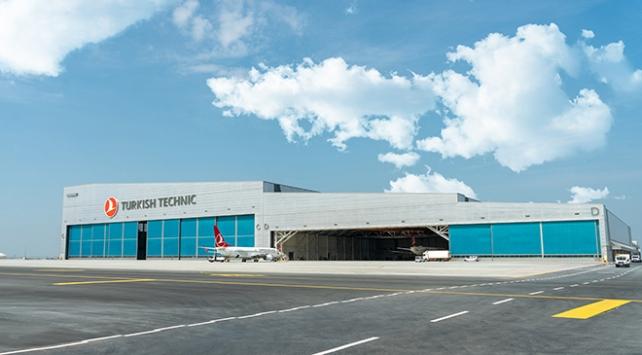 Türkiyenin en büyük uçak üs bakım hangarları açıldı