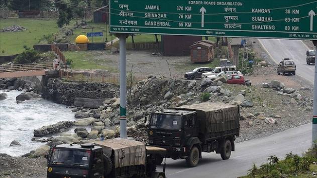 Pompeo: Çin, Hindistan sınırına 60 bin asker konuşlandırdı