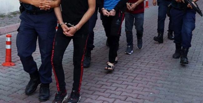 İzmirde suç örgütü operasyonu: 14 gözaltı