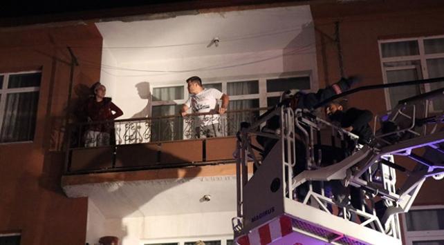 Düzcede bir binada yangın: 4 kişi kurtarıldı