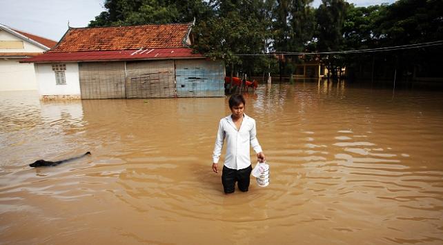 Kamboçyada aşırı yağışlar 11 can aldı