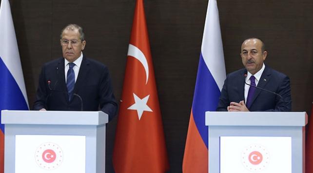 Bakan Çavuşoğlundan Lavrova: Ermenileri uyarın