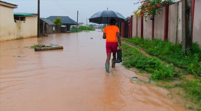 Nijeryada sellerde ölenlerin sayısı 131e çıktı