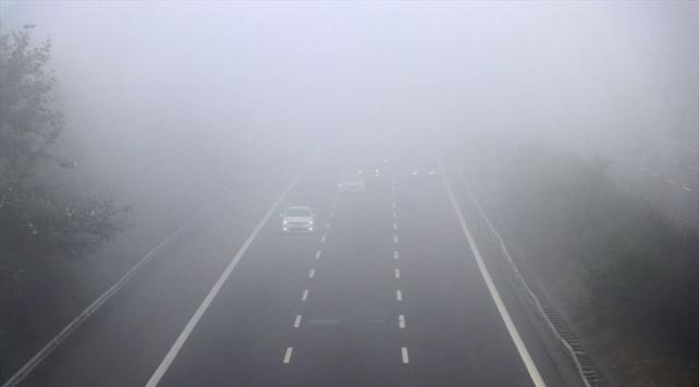 Anadolu Otoyolunda yoğun sis: Görüş mesafesi 25 metreye düştü
