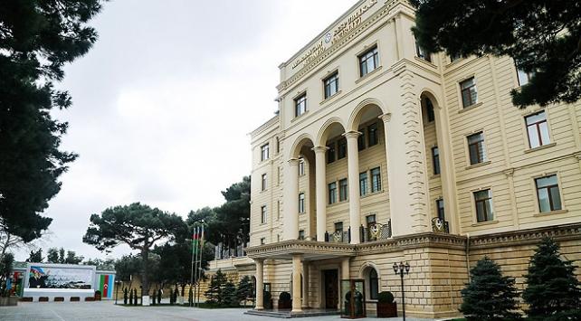 Azerbaycan, insani ateşkese uyuyor