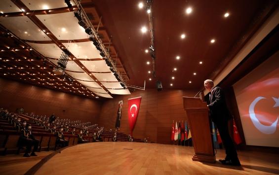 Milli Savunma Bakanı Akardan Ermenistana tepki