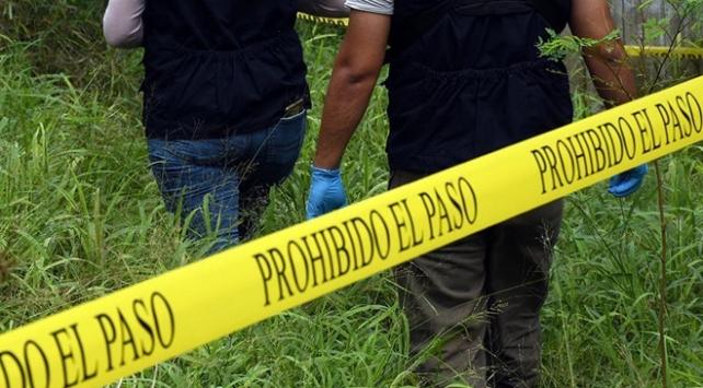 Meksikada günde 80 kişi cinayete kurban gitti