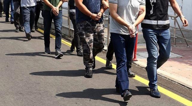 İzmir merkezli 25 ilde FETÖnün hava kuvvetleri ve sahil güvenlik yapılanmasına operasyon