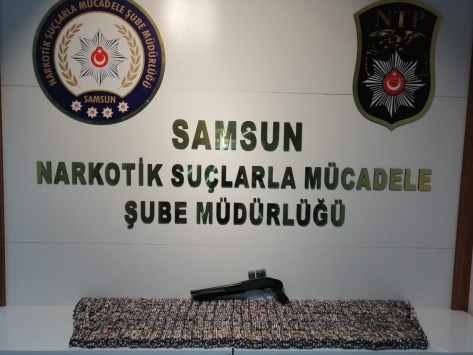 Samsunda 20 bin sentetik hapla yakalanan 5 şüpheli gözaltına alındı