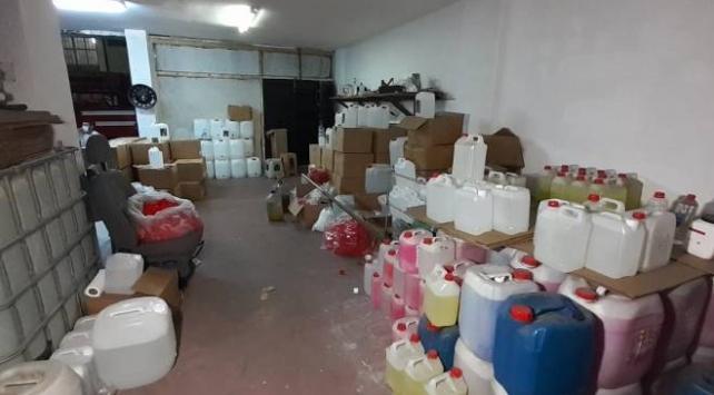 İstanbulda 7 ton etil alkol ele geçirildi