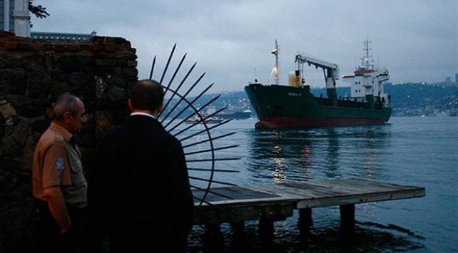 Beykoz açıklarında arızalanan kuru yük gemisi kurtarıldı