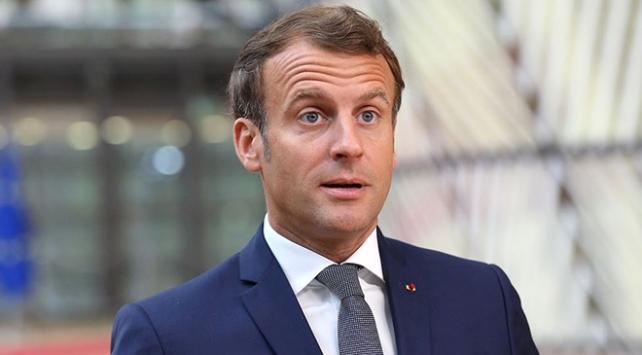 Fransa Cumhurbaşkanı Macrona güven azalıyor