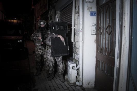 Bursada silah kaçakçılığı operasyonunda 11 kişi yakalandı