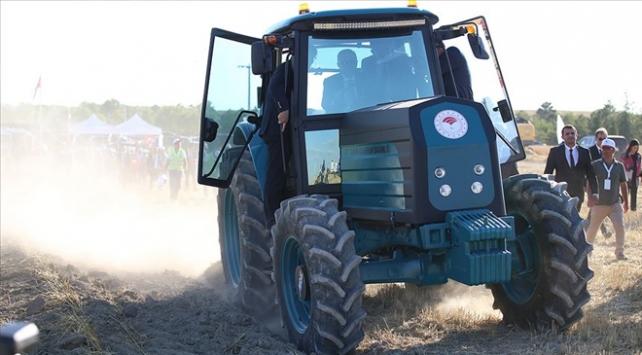 Türkiyenin ilk elektrikli traktörü seri üretime hazır