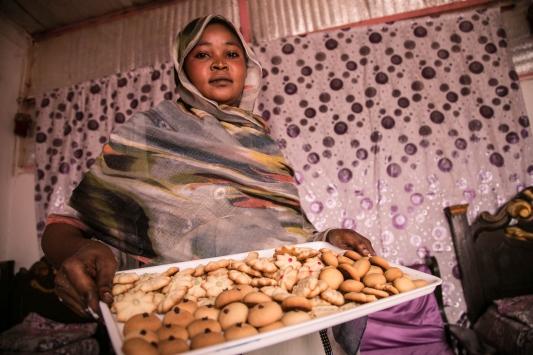 TİKAnın desteklediği Sudanlı kadınlar üretime katkı sağlıyor