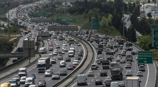 İstanbullular her 1 saatin 39 dakikasını trafiğe harcadı