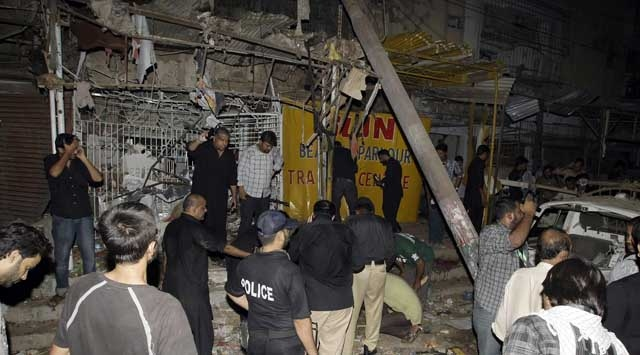 Pakistanda Bombalı Saldırı: 4 Ölü 20 Yaralı