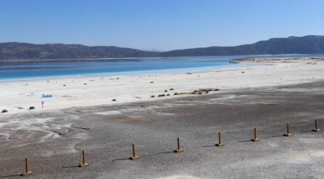 Salda Gölünün Beyaz Adalar bölgesi ziyarete kapatıldı