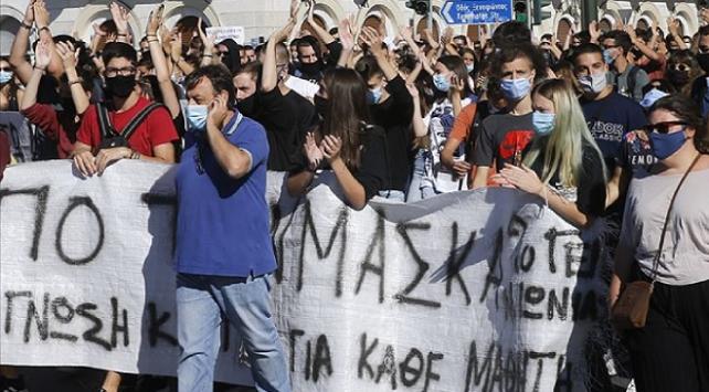 Yunanistanda kamu çalışanları greve gitti