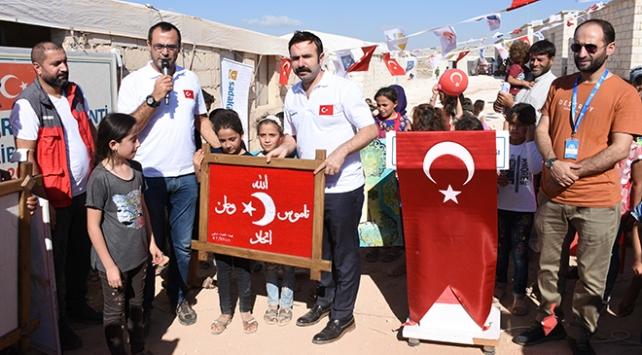 Emine Erdoğanın İdlibliler için bağışladığı 50 ev teslim edildi