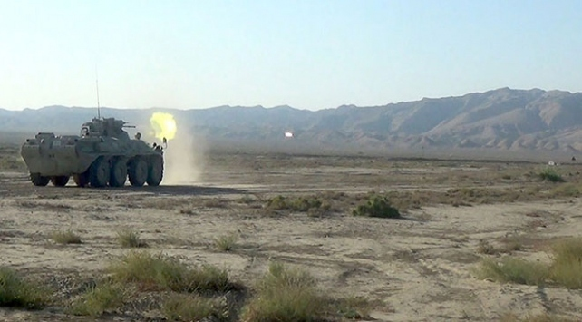 Azerbaycan, Ermenistana ait 8 askeri aracı imha etti