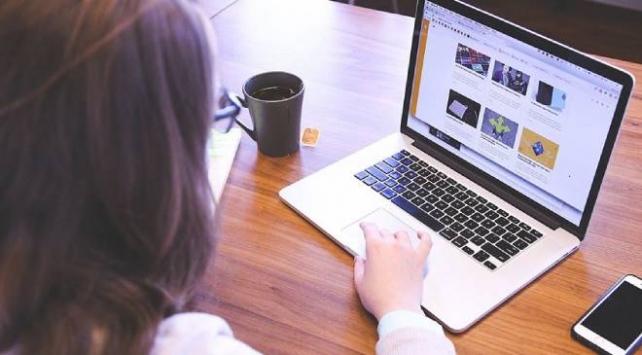 İnternette alan adı verme yetkisi BTKya geçiyor