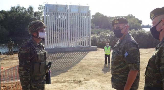 Yunanistan insanlığa 27 kilometrelik çit örüyor