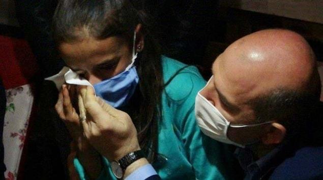 Bakan Soyludan duygulandıran ziyaret: Küçük kız gözyaşlarına hakim olamadı