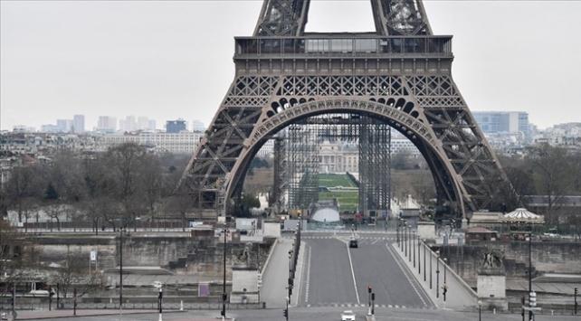 Fransada sokağa çıkma yasağı başladı
