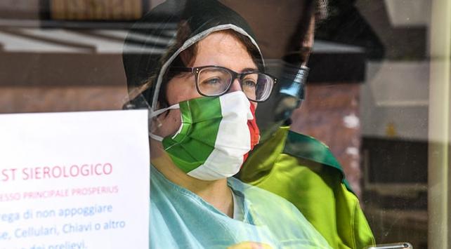İtalyada günlük vaka sayısında rekor kırıldı