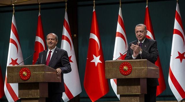 Cumhurbaşkanı Erdoğandan KKTC Cumhurbaşkanı Tatara tebrik