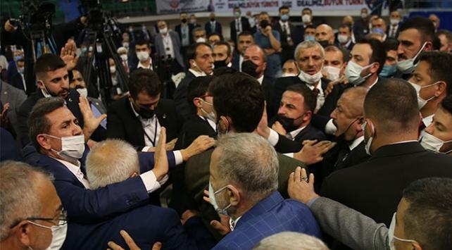 BBPde olaylı kongre: Oylama tartışması arbedeye dönüştü