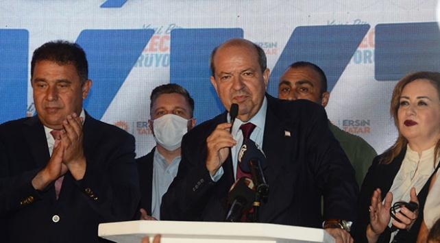 Siyasiler KKTC Cumhurbaşkanı Tatarı tebrik etti