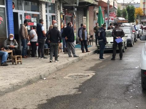 Karsta köylüler arasında silahlı ve sopalı kavga: 9 yaralı