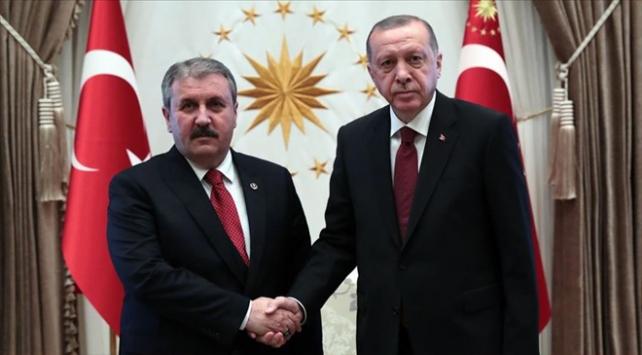 Cumhurbaşkanı Erdoğandan Desticiye tebrik
