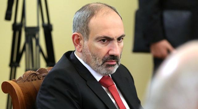 Ermeni ordusu zorda: Paşinyan, vatandaşları cepheye çağırdı