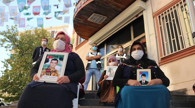 Diyarbakır annelerinden HDPli Tosuna: Vicdanı anne olamamış