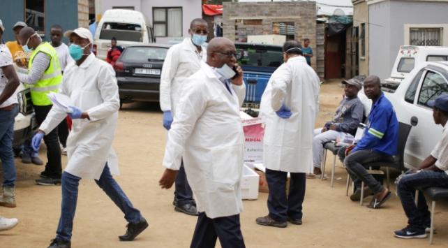 Afrikada koronavirüs vakaları artıyor