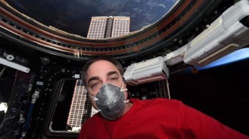 6 aydır uzayda olan 3 astronot Dünya'ya döndü