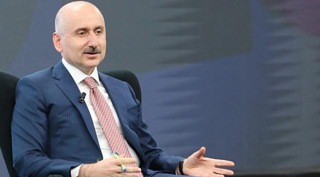 Bakan Karaismailoğlu: PTTde çok büyük bir dönüşüm hazırlığı içindeyiz