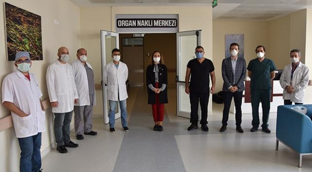 DÜ Organ Nakli Merkezinde ilk böbrek nakli gerçekleştirildi