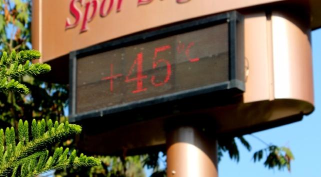 Adanada termometreler 45 dereceyi gösterdi